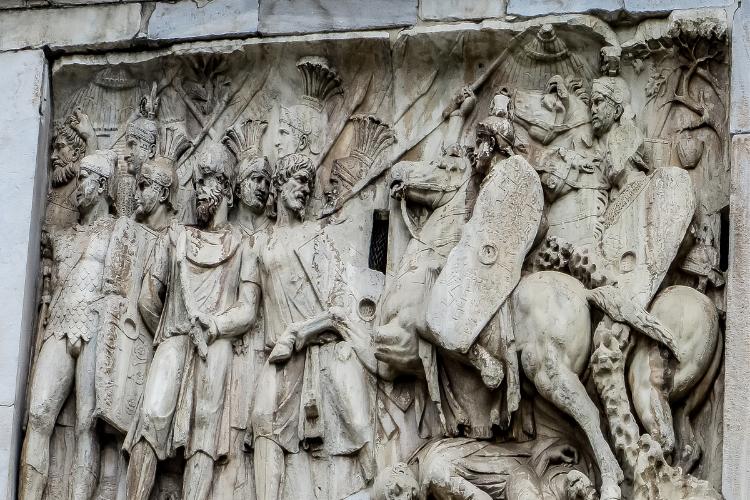 Statues datant de l'Empire Romain